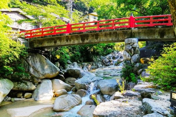 三滝川上流 大石公園