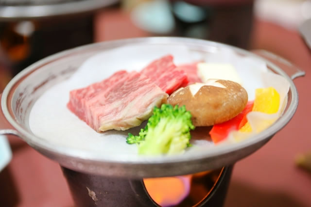 平戸牛の陶板焼き